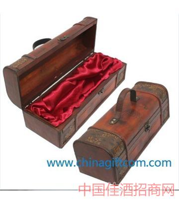 北京仿古�沃谎b酒盒
