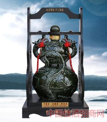 中国龙坛子酒