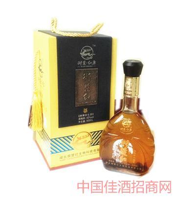 鹿鞭酒(单瓶木礼盒)