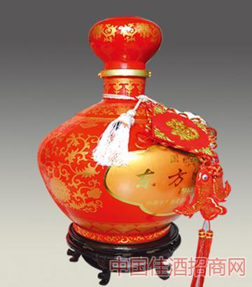 千年杏花酒�|方明珠