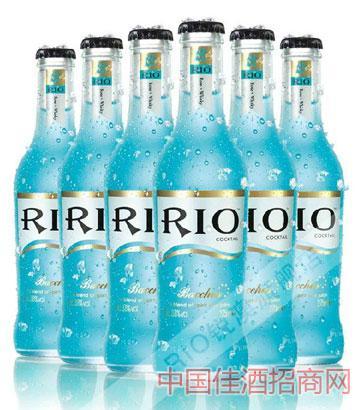 瓶装蓝玫瑰味威士忌