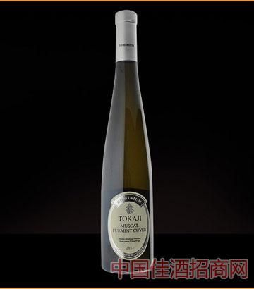 潘诺托卡伊半甜白葡萄酒