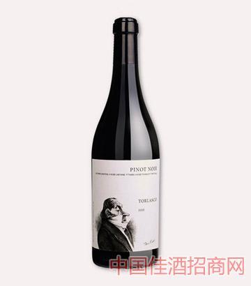 传统帕维亚黑皮诺干红葡萄酒