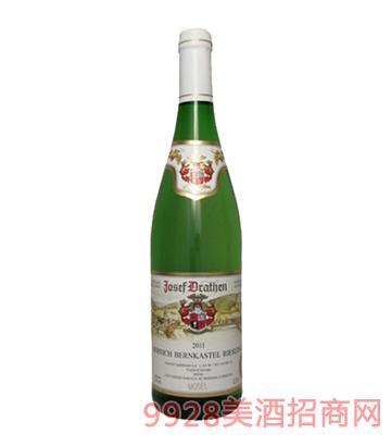 柏卡斯特葡萄酒2011