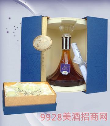 赛那塔XO700ml平装礼盒