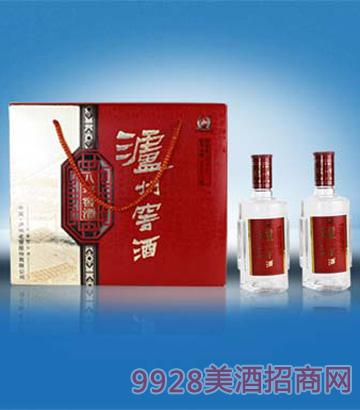 泸州窖酒年份系列(八年双礼盒)