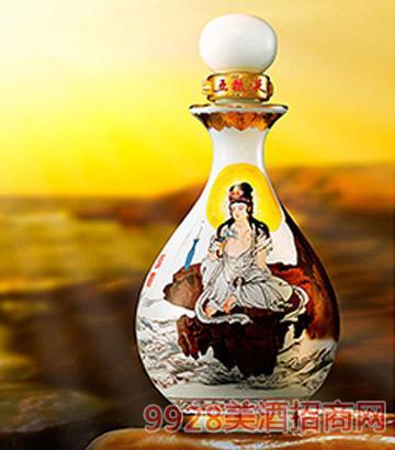 王凤年百年诞辰纪念酒