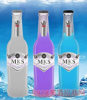 麦卡兹鸡尾酒-荔枝、葡萄、蓝莓