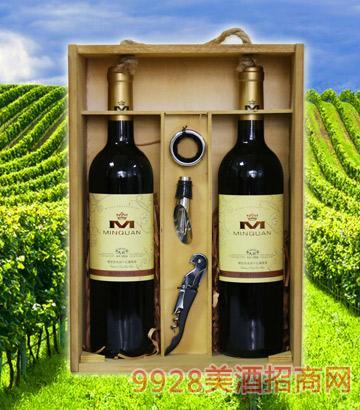 精选佳本纳干红葡萄酒(木盒)