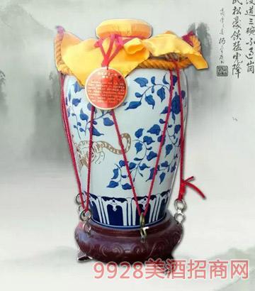 景阳冈三十年陈酿酒