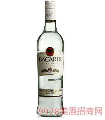 百加得兰姆酒