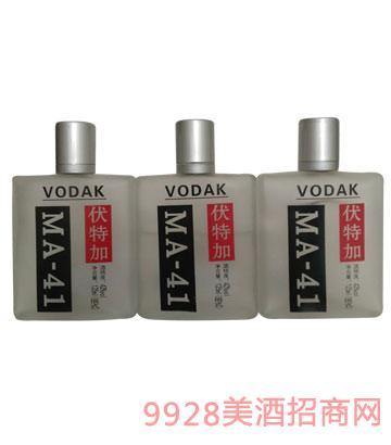 伏特加125ml酒