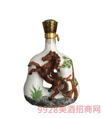十二生肖酒瓶马