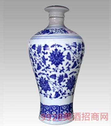 2斤青花瓷梅瓶酒