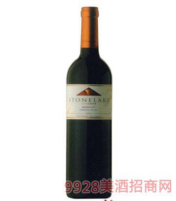 宝石湖珍藏梅鹿葡萄酒