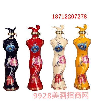龙图旗袍坛子酒
