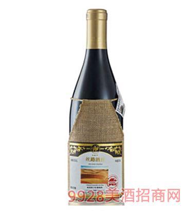 丝路酒庄 2000蛇龙珠干红葡萄酒