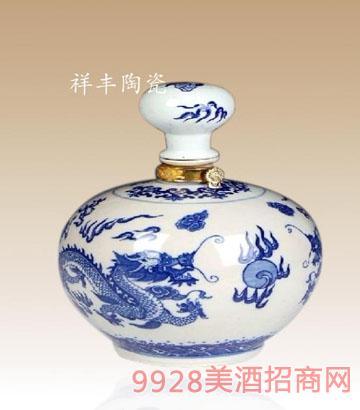 双龙戏珠陶瓷酒瓶