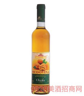 核桃蜂蜜酒