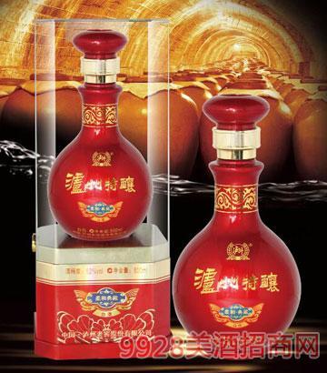 泸州特酿酒柔和典藏红