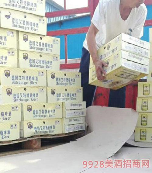 德国艾特博格啤酒白罐装车