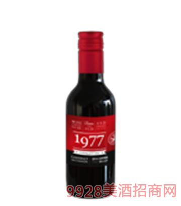 智利1977小红妹干红葡萄酒