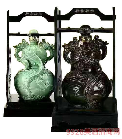 双龙戏珠坛子酒30-60度2500ml
