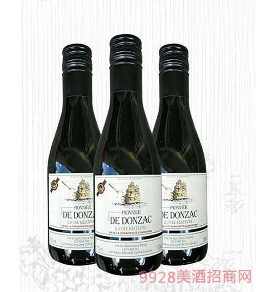龙船拓金者干红葡萄酒