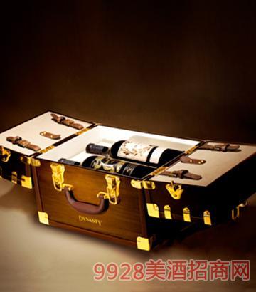 王朝爵系列干红葡萄酒套装