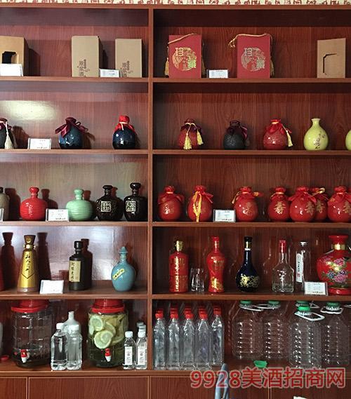 仙臨老酒坊酒柜展示