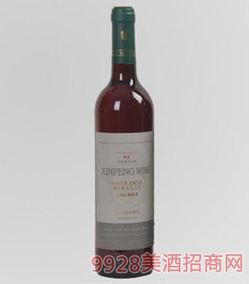 新风长城红葡萄酒