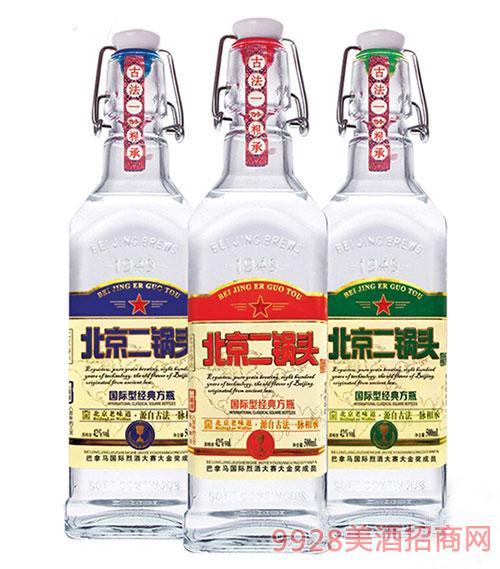 北京二��^���H型小方瓶