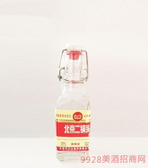 北京二��^酒尊享版�t��42度248ml