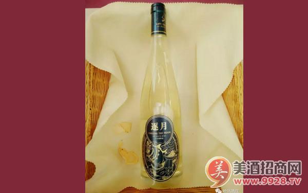 腊普河谷逐月干白葡萄酒,清爽可口,聚会佳品