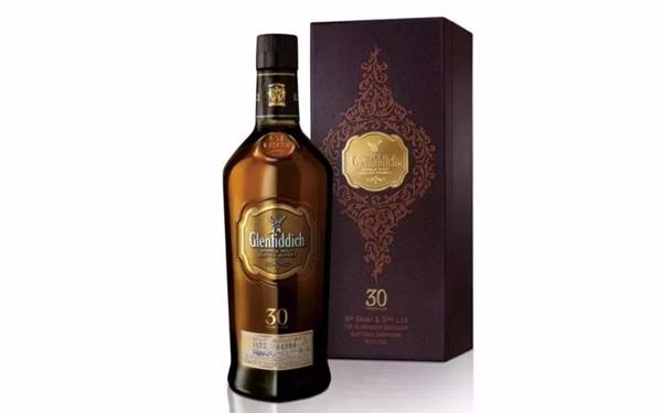 格兰菲迪30年单一纯麦苏格兰威士忌,细腻而绵长