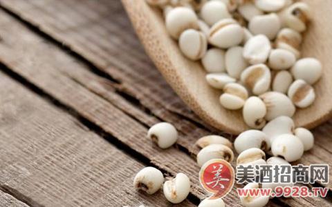 武夷龙薏米酒:十年窖藏,坚持做健康养生酒