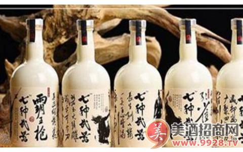 七种武器 消费催生的武侠白酒