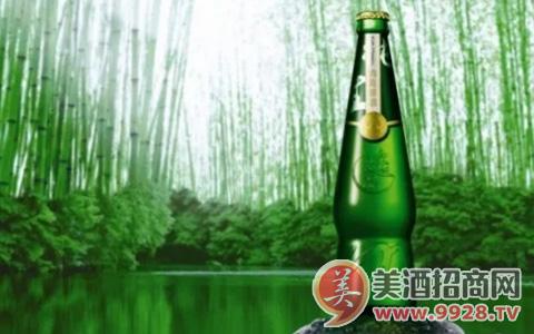 青岛啤酒逸品纯生,轻松闲适