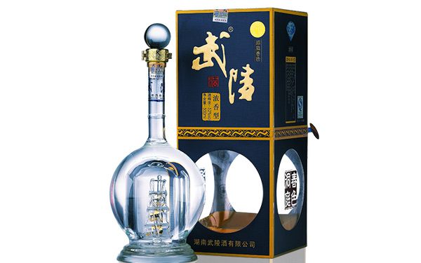 武陵酒洞庭春色・蓝钻,彰显不凡的生活品位