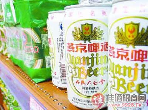 福建省首家易拉罐纯生啤酒上市