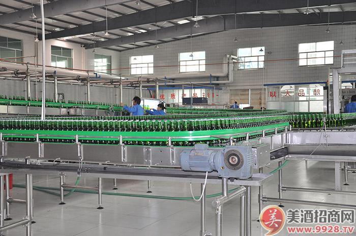 美林小镇啤酒-生产线