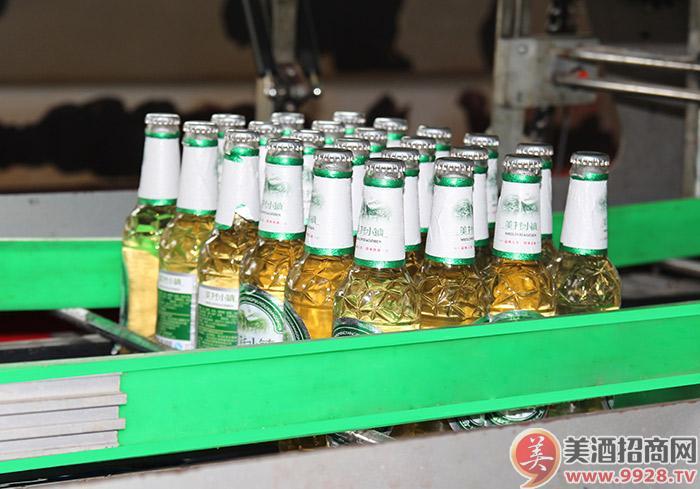 美林小镇啤酒-包装一次成型