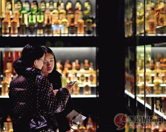 帝亚吉欧大中华区董事总经理朱镇豪:茅台提价给威士忌带来空间