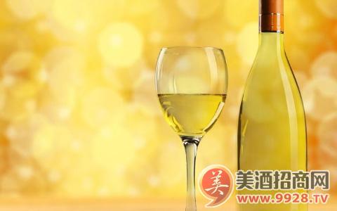 香槟酒的主要工艺有哪些组成?