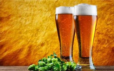 夏季喝啤酒的正确姿势,你Get到了吗?