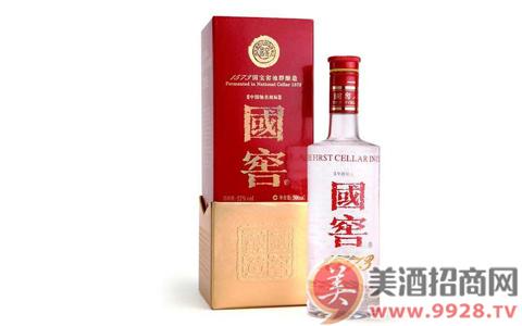 52度国窖1573经典装华中四省调价:酒行渠道供货价810元/瓶