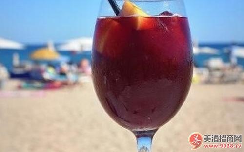 为什么不在红葡萄酒里添加冰块?