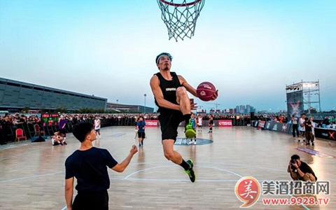 江小白YOLO文化节燃爆长沙 引领青年生活态度