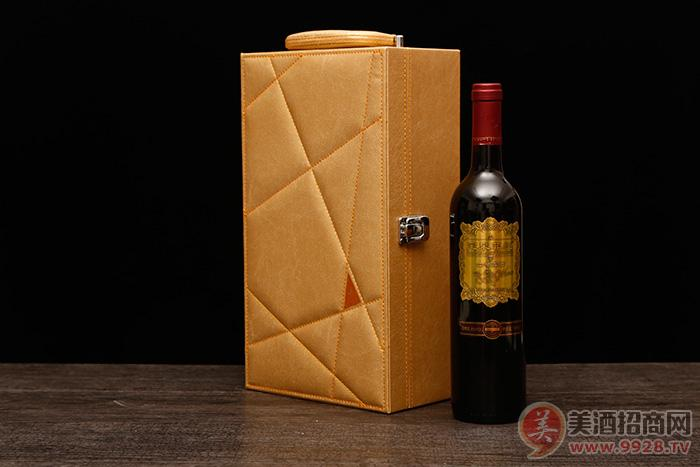 宝泉菲红山楂酒8度750ml无糖型