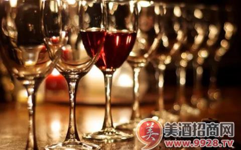 蘑菇遇到红葡萄酒会发生什么呢?